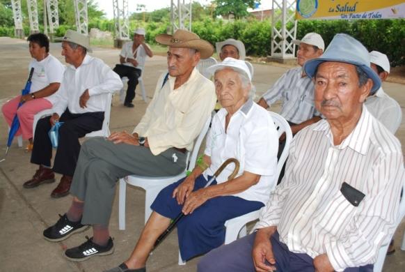 Resultado de imagen para adultos mayores en Colombia