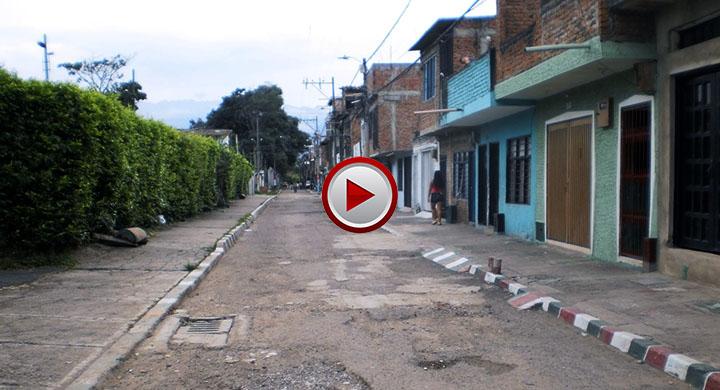 En el barrio petecuy de cali el polideportivo est for Barrio el jardin cali colombia